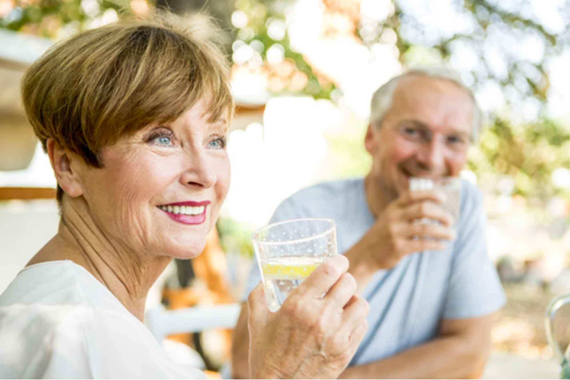alimentazione anziani estate